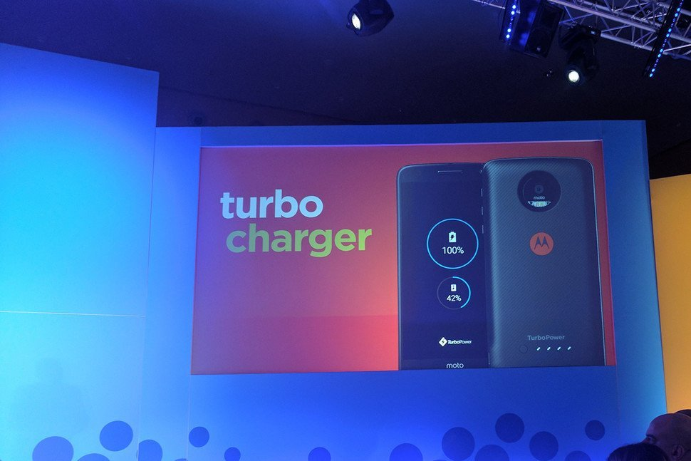 Moto Mod turbo charge
