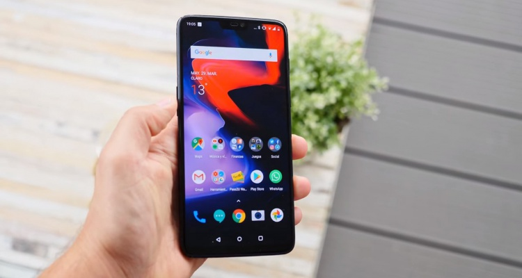 Parte frontal del OnePlus 6